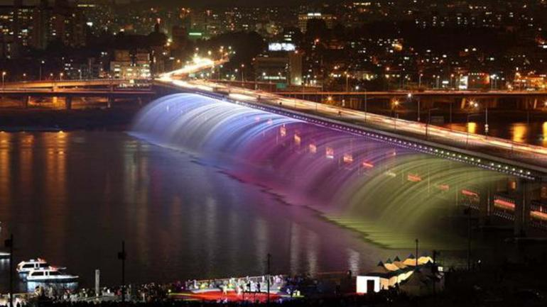BAMPO. Construido en 1982, ubicado en Seúl, es una gran atracción turística. (Mundo Maipú)
