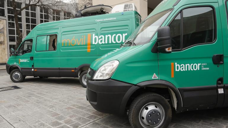 Las nuevas unidades móviles fueron equipados íntegramente en Córdoba (Bancor).