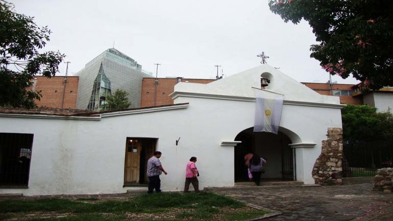 Capilla Jesuita de barrio Quinta Santa Ana. (Flickr Marcelo / Grupo Edisur)