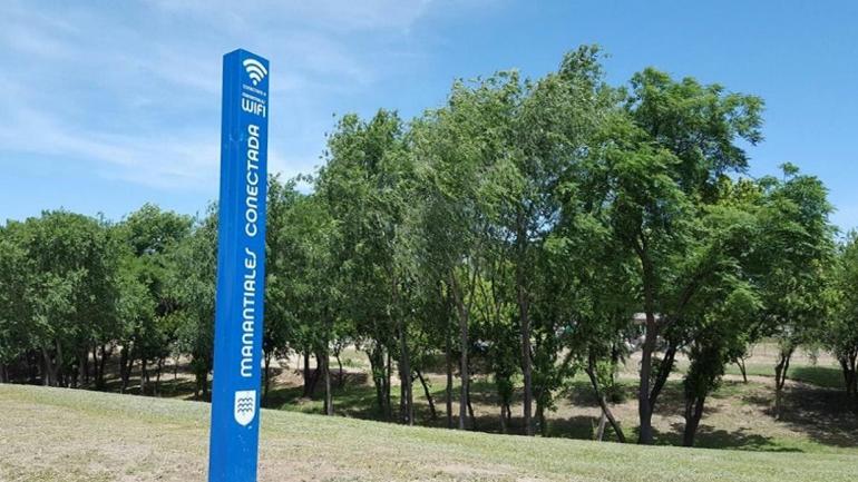PARQUE DE LA CAÑADA. Un espacio público con acceso gratuito a wifi. (Grupo Edisur)