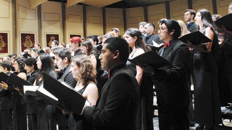 El coro del Seminario de Canto en escena. Foto de Agencia Córdoba Cultura.