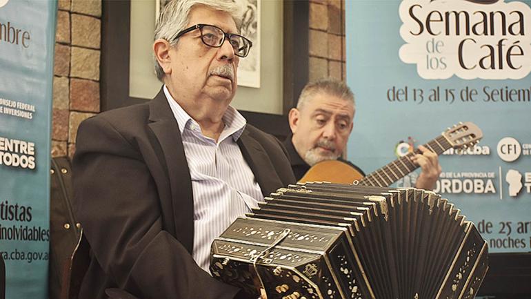 El maestro Carlos Nieto es una de las figuras del tango de Córdoba. (Agencia Córdoba Cultura)