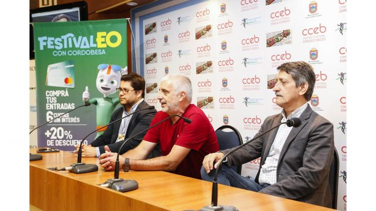 En conferencia de prensa en Cosquín, el vicepresidente de Bancor Hugo Escañuela, el gerente general de Bancor Víctor Penida y el secretario de Economía y Finanzas Carlos Cavalli. (Bancor)