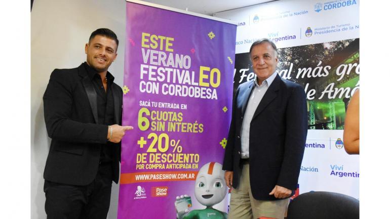 Nicolás Tottis, presidente de la Comisión Directiva del Festival de Jesús María junto a Daniel Tillard, presidente del Banco de Córdoba. (Bancor)