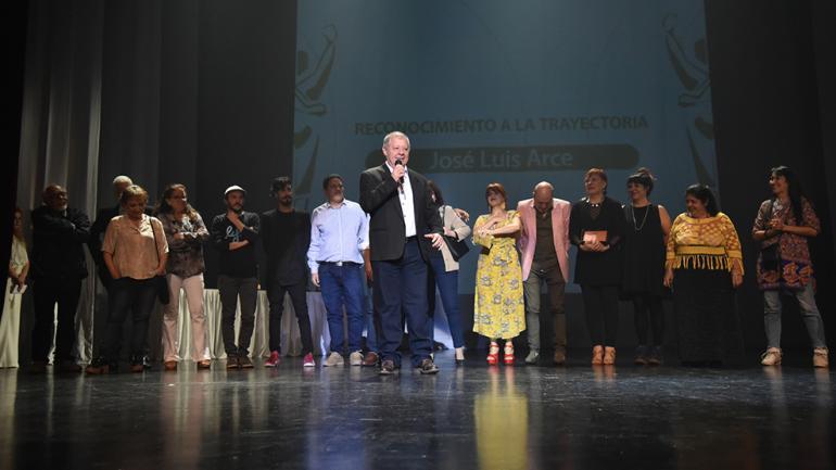 José Luis Arce premio a la Trayectoria / Foto de Agencia Córdoba Cultura.