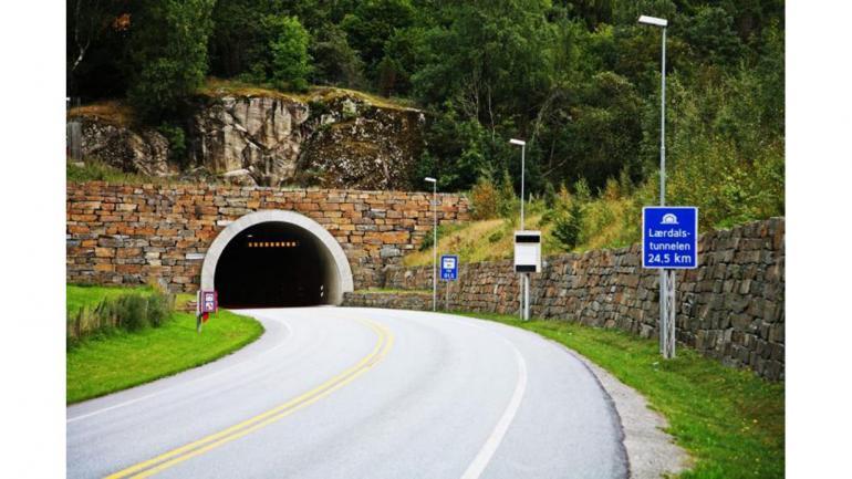 TÚNEL DE LAERDAL. Fue construido entre 1995 y 2000, en Noruega, es uno de los más largos, con 24,51 kilómetros. (Mundo Maipú)