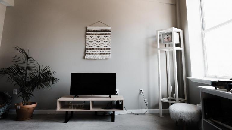 Tapiz. Se lucen en dormitorios, baños y escritorios. El macramé se destaca en toallas y cortinas. (Grupo Edisur)