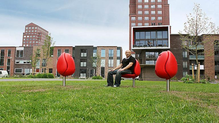 Tulpi chairs - Flickr TuinKunstenFestival. (Grupo Edisur)