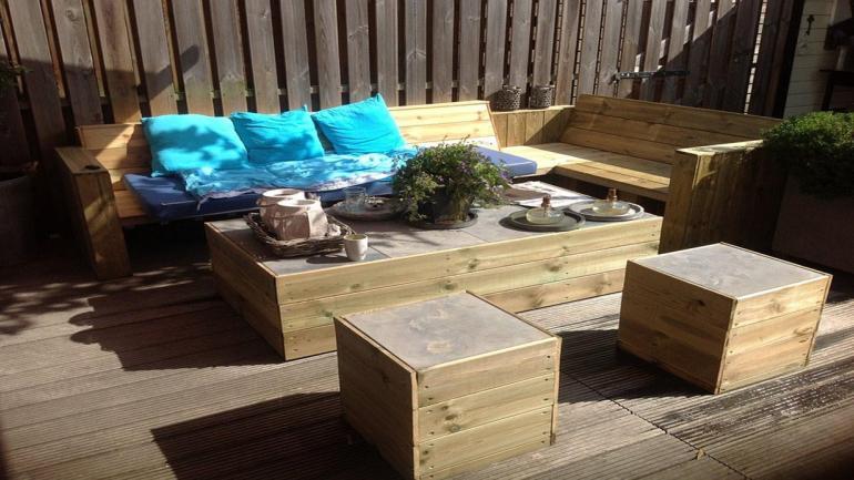 Los muebles de madera de pino son resistentes al paso del tiempo. (Grupo Edisur)