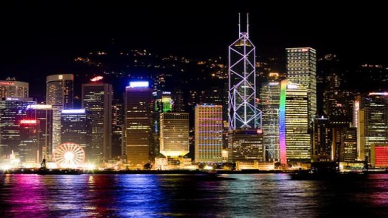 HONG KONG. En esta ciudad china se encuentran 43 edificios de más de 200 metros de altura. (Grupo Edisur)