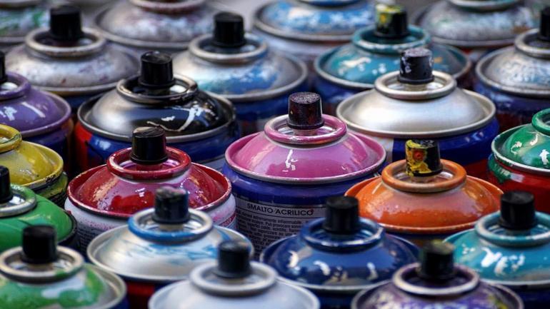 Los aerosoles emiten gases que dañan el ambiente y son perjudiciales para la salud. (Grupo Edisur)