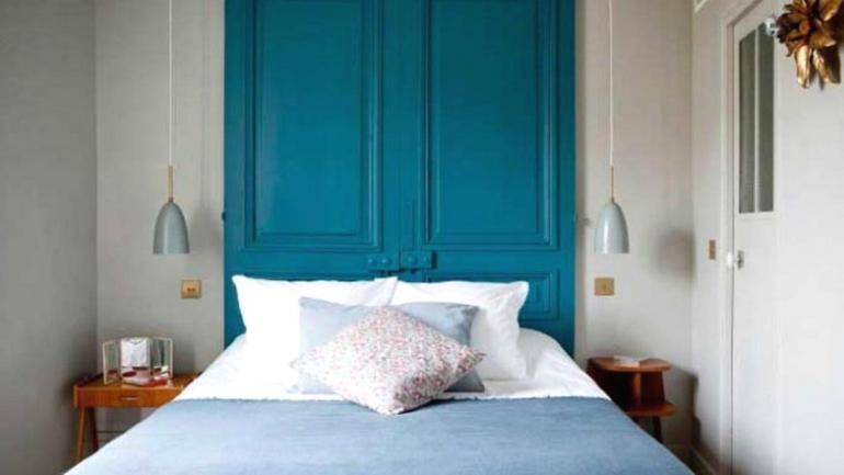 Una puerta antigua puede convertirse en un hermoso cabecero y brindarle estilo al dormitorio. (Grupo Edisur)