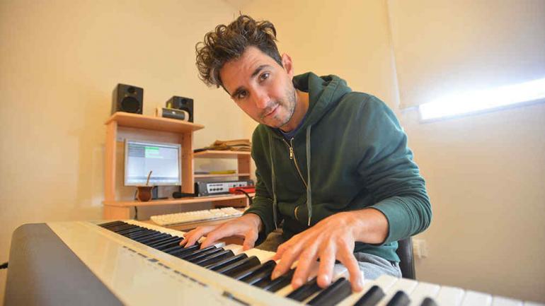 El piano, su instrumento.