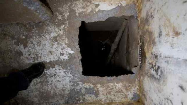 HUECO. Que conduce al túnel (AP/Archivo).