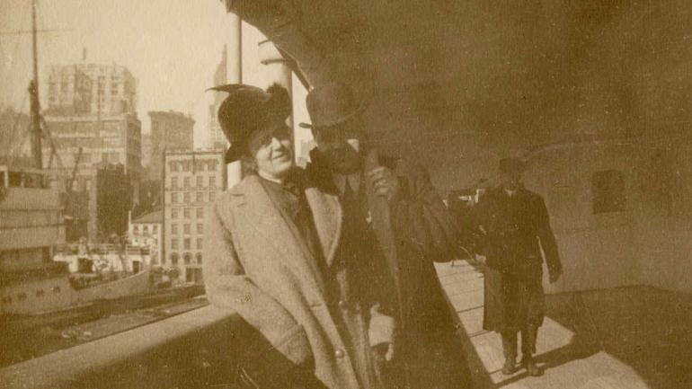 ALEXANDER Y MARY HOLVERSSON. En la foto (Henry Aldridge and Son Actioneers vía AP).