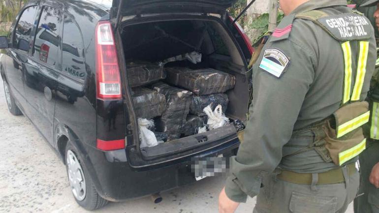 Corrientes viajaban con m s de 530 kilos de marihuana for Ministerio del interior y transporte de la nacion