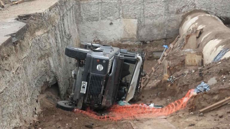 Así quedó la camioneta (Sofía Álvarez)
