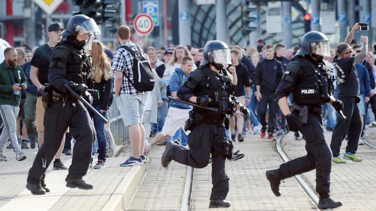 ALEMANIA. Crece la violencia xenófoba contra inmigrantes (AP).