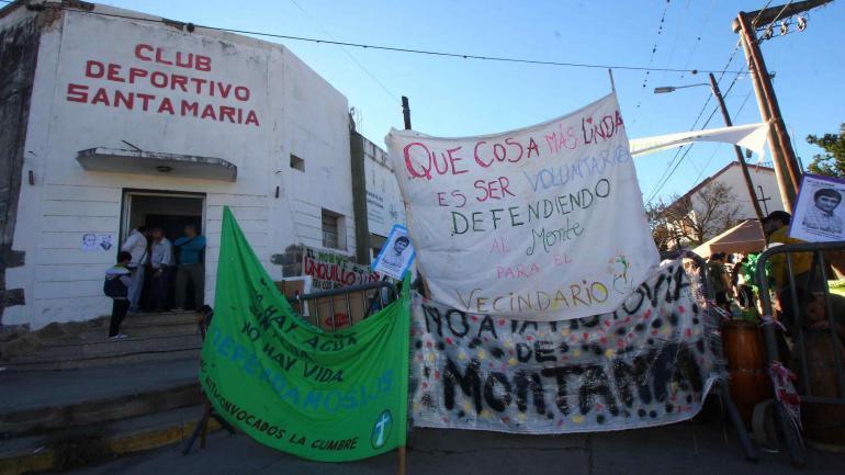 El club Deportivo de Santa María de Punilla resultó insuficiente para la convocatoria, al menos del primer día.