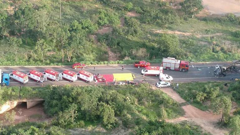 SINIESTRO- Tragedia vial en Brasil (Foto https://www.em.com.br/).