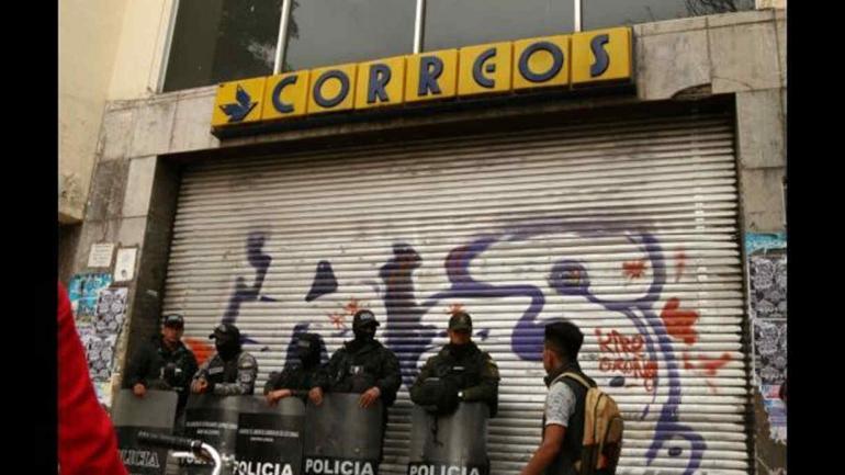 BOLIVIA. Cerró la empresa estatal de correo (Diario La Razón).