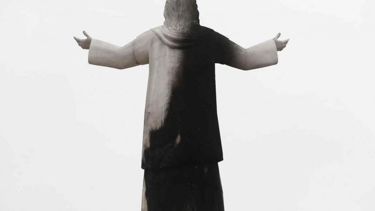 LIMA. Así quedó el Cristo tras el incendio (Foto Perú 21).