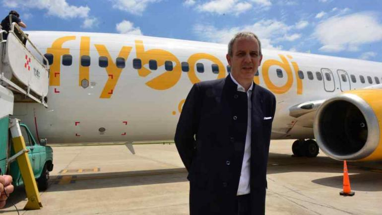FLYBONDI. Su CEO Julian Cook.