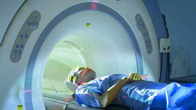 Un electroencefalograma se indica para casos muy específicos. Pasó de costar 50 pesos de coseguro a 60. Hay estudios de medicina nuclear con 180 pesos de plus.