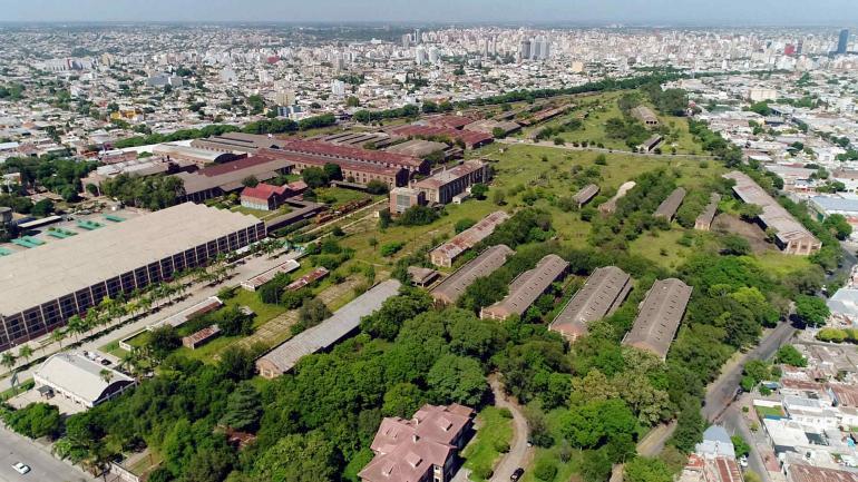 Predio de Forja. Un sector fue cedido a la Municipalidad para instalar el Concejo Deliberante y un Parque Educativo en galpones reciclados. Parte será espacio verde. (Municipalidad de Córdoba)
