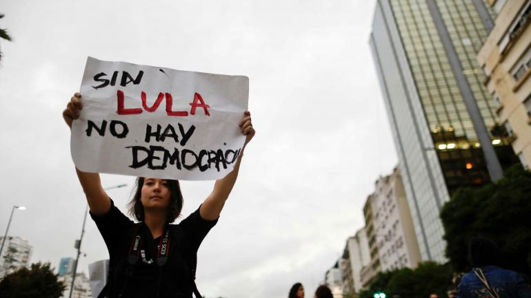 A favor. Manifestantes, por la libertad. (AP)