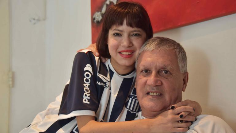 Maribel y Ernesto. La hija recibirá otra vez un órgano de su papá. Esta vez será un riñón. (Facundo Luque)
