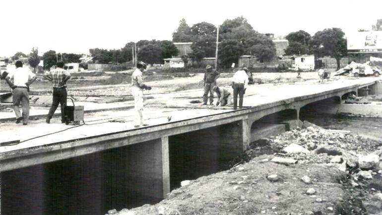 Reconstrucción. En 1992, luego de una crecida, tuvo que ser reconstruido casi a nuevo. Está a sólo 1,5 metros del cauce normal del río. (La Voz / Archivo)