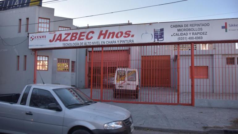 TALLER. En barrio Alberdi (Facundo Luque).