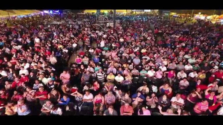 Una multitud colmó las instalaciones del predio de atletismo en la Fiesta Criolla (Estación Juarez Celman)