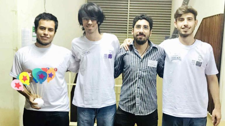 EN CARRERA. Argentina consiguió una nueva cita en la final del Mundial de Programación (Télam).