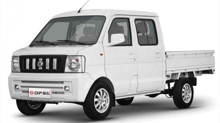 DFSK. Comercializa modelos utilitarios de cabina doble y simple, para carga.