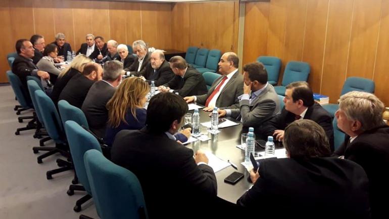 CUMBRE. Gobernadores peronistas críticos del Gobierno nacional se reunieron en Capital Federal. (CFI)