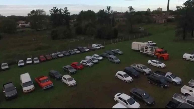 JUNÍN. La flota de autos que tenía la banda de gitanos (Clarín).
