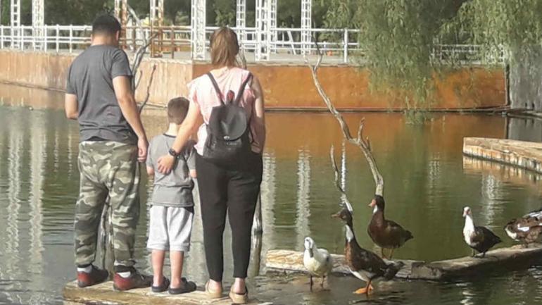 En Mortero el predio del ferrocarril abandonado se transformó en un parque con dos lagos artificiales lagos artificiales.