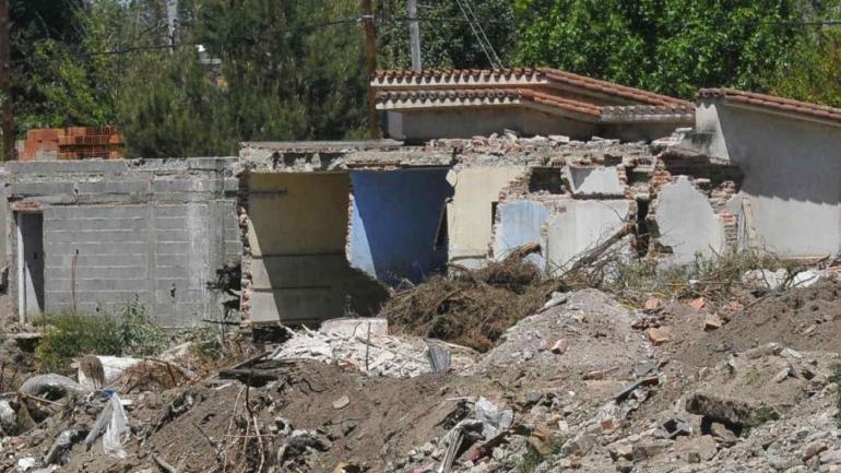 ALUVIÓN. Cerca de 300 familias perdieron sus casas durante la inundación. (Archivo La Voz)