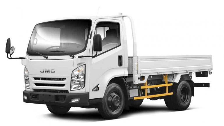 JCM. La empresa compite en el segmento de los camiones livianos.