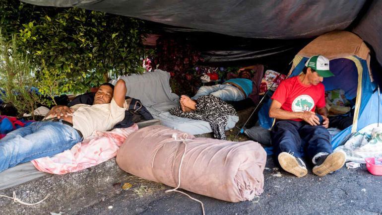 CAMPAMENTO. Seguidores de Lula hacen un campamento para pedir por su liberación (Agencia DPA).