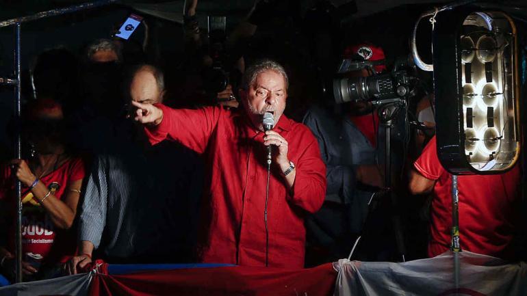 BRASIL. Lula tiene tiempo de entregarse hasta el viernes a las 17 (AP/Archivo).