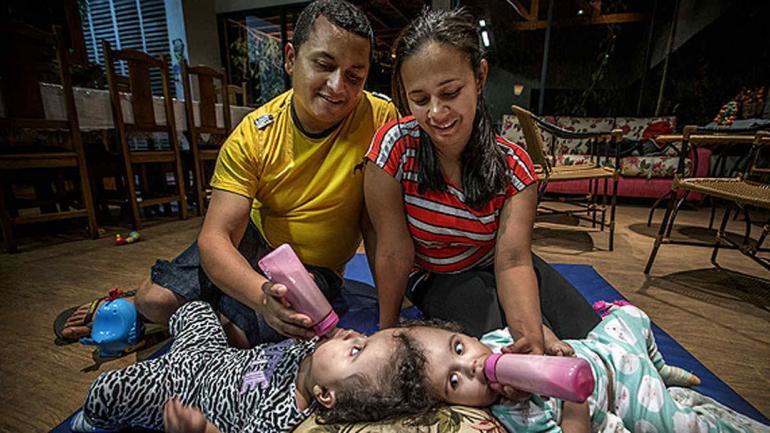María Ysabelle y María Ysadora nacieron en 2016 en Ceará, al noreste de Brasil (Folha de Sao Paulo)