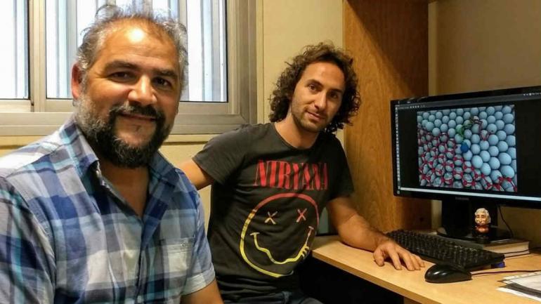 LOCALES. Los autores locales del trabajo, Marcelo Mariscal y Germán Soldano, trabajan en la UNC y Conicet.