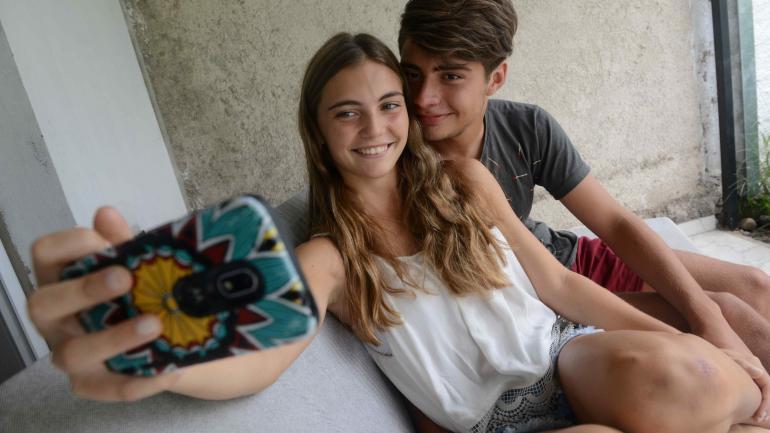 Marti Garat y Marti Compagnucci. No sólo el nombre los unió; hoy celebran con una torta de óreo. (Javier Cortez)