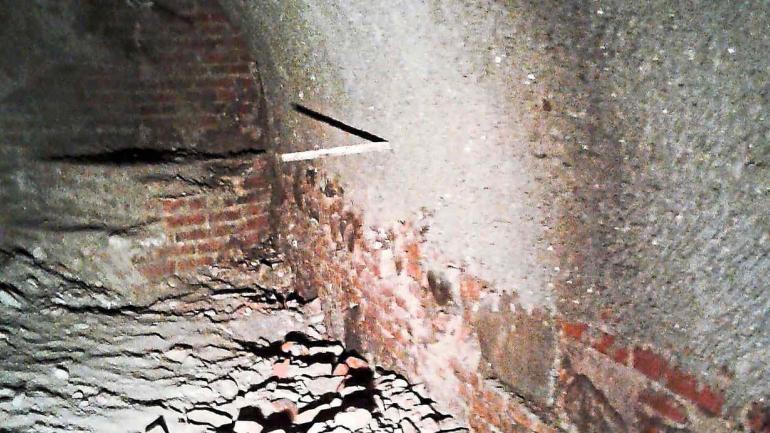 Materiales. La construcción abovedada de ladrillo, piedra y argamasa confirman la construcción colonial.