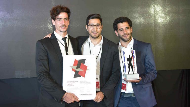 GANADORES.y Tomás Pont Apóstolo, Stefano Romagnoli y Juan Cruz Serafini (Prensa Lafarge Holcim Foundation).