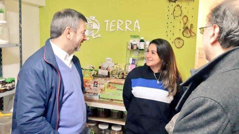 "El diputado nacional Javier Pretto ""timbreó"" por Nueva Córdoba."