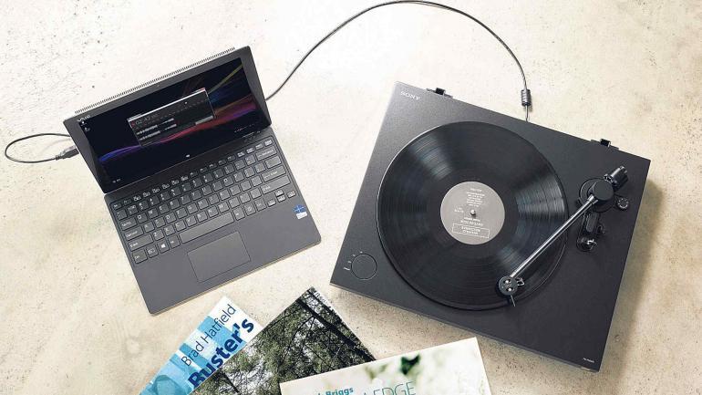 La característica diferencial del tocadiscos de Sony es que permitirá convertir el audio del vinilo al formato de audio digital de alta resolución DSD.